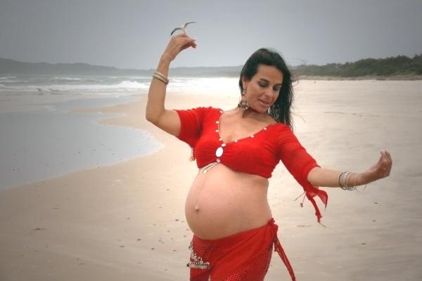 Танцы и беременность: опасно или нет?