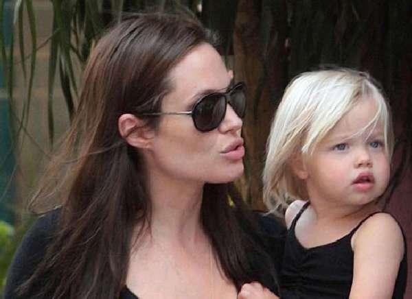 Гонорар дочери Джоли - 3 тысячи долларов в неделю!