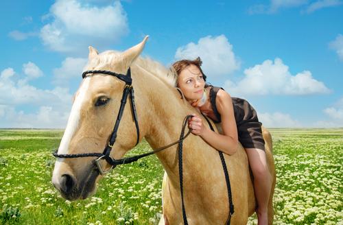 Иппотерапия - не панацея, но может улучшить состояние