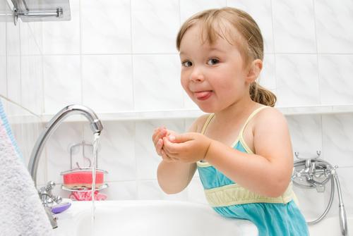 Мытье рук в игровой форме