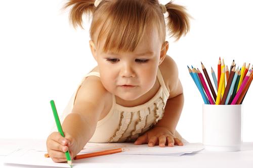 Ребенок в 3 года может нарисовать простые геометрические фигуры