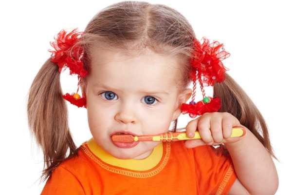 За чистку зубов родители платят деткам деньги!