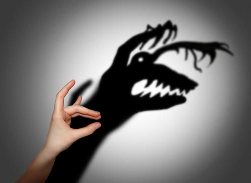 Расскажи ребенку о предметах, внушающих страх