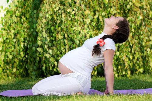 Умеренные нагрузки во время беременности полезны