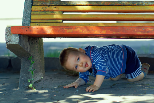"""Малыш не всегда реагирует на слово """"нельзя"""""""