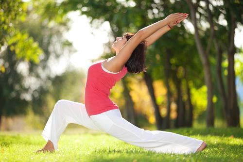 Как йога и акупунктура помогут забеременеть?