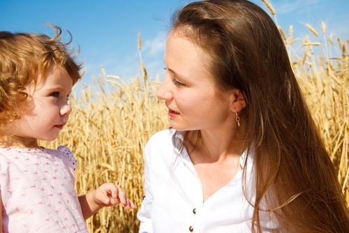 Разговаривая с ребенком, смотри ему в глаза