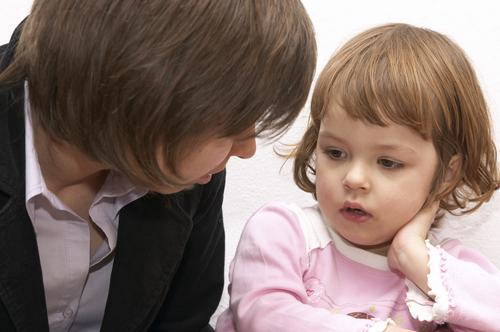 Самостоятельно преодолеть детские страхи очень сложно