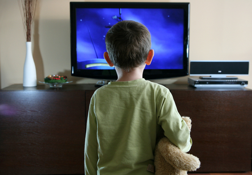 Влияние телевизора на навыки общения детей