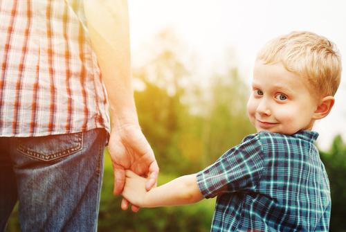 Отец – тот кто родил или тот кто воспитал?