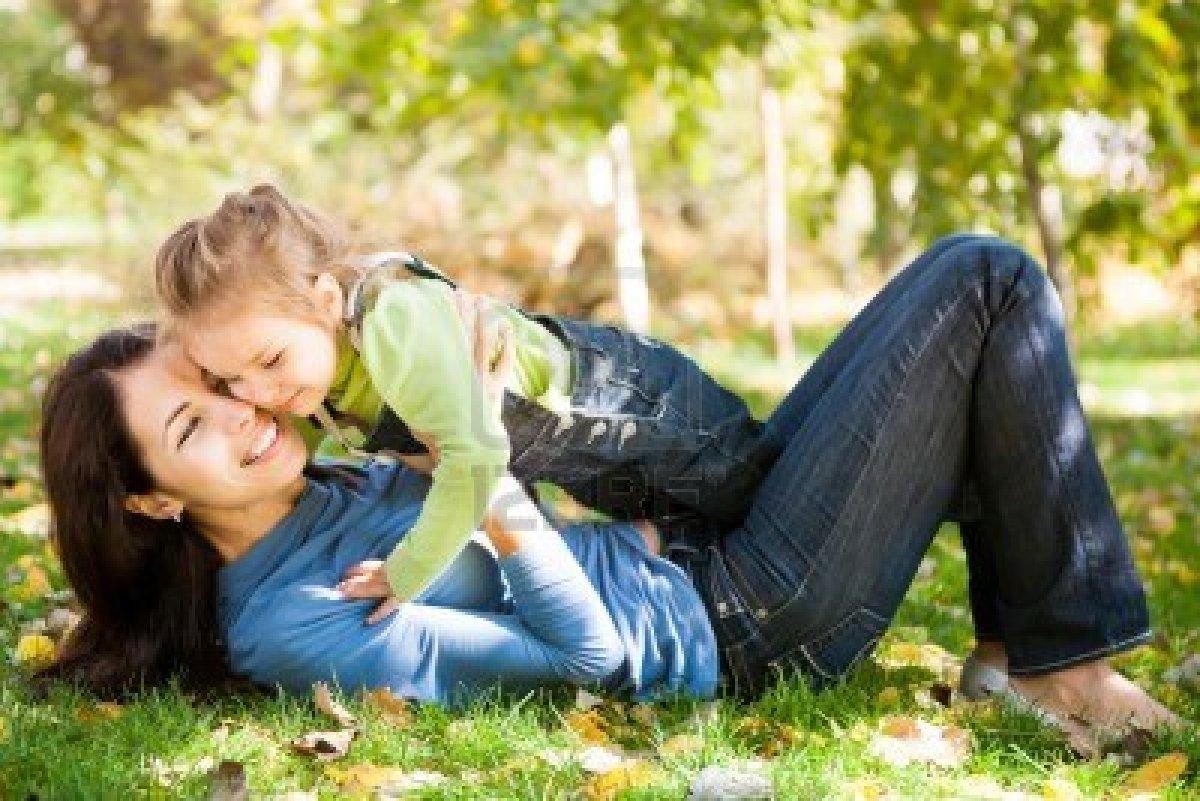 Хобби для лета: подделки из листьев