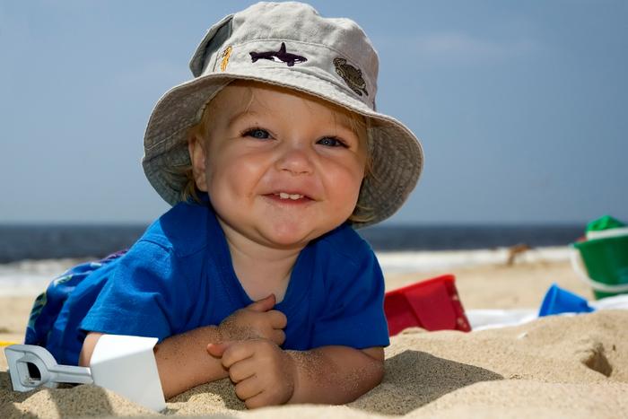 Меры безопасности для ребенка летом