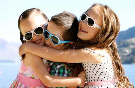 Очки летом ребенку просто необходимы!