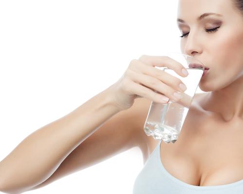 Летом пей побольше чистой воды