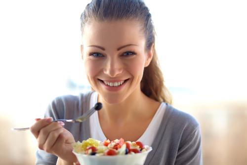 Питание при грудном вскармливании: каких продуктов следует избегать
