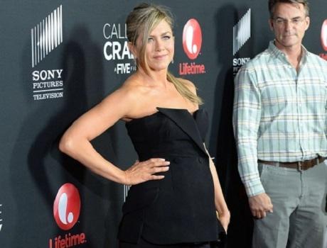 Дженнифер Энистон беременна?