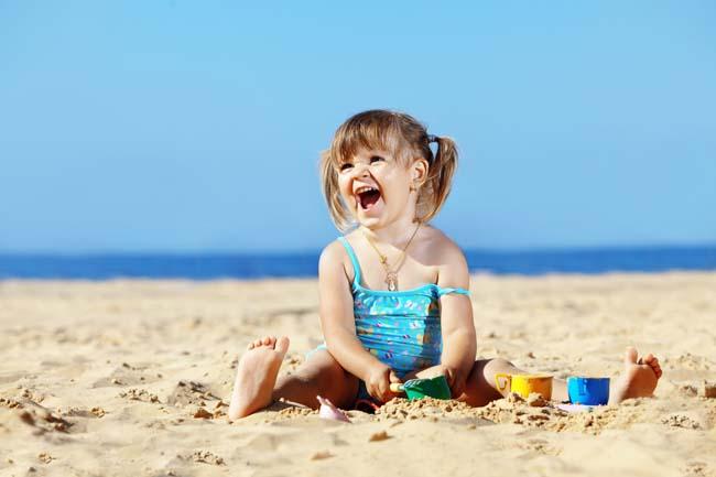 Чем полезно солнышко для малышей?