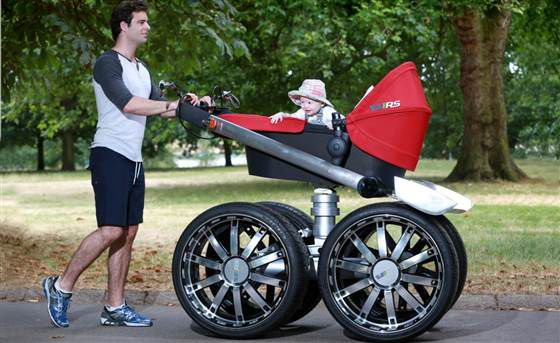 Для стильных пап выпустили первую мужскую коляску