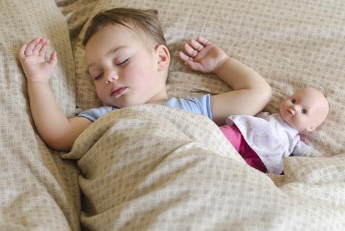 Когда мы засыпаем - куклы оживают