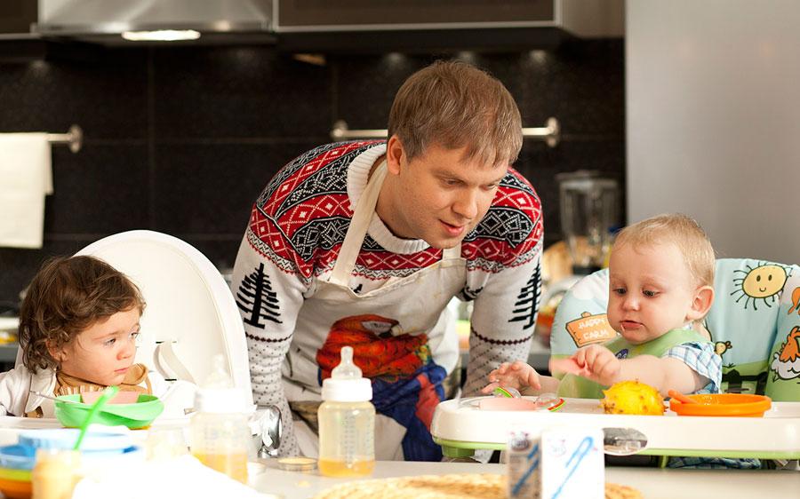 Сергей Светлаков решил жениться, чтобы потом не усыновлять сына!