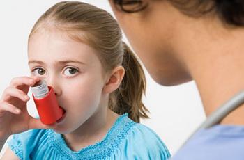 Доказано учеными: признаки астмы видно с рождения