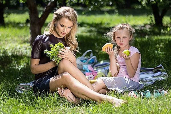 Дочка Ольги Фреймут критикует стиль телеведущей