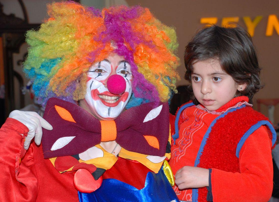 Помочь тяжелобольным детям могут клоуны