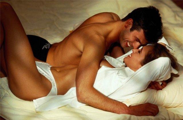 В какой позе лучше всего заниматься сексом после родов?