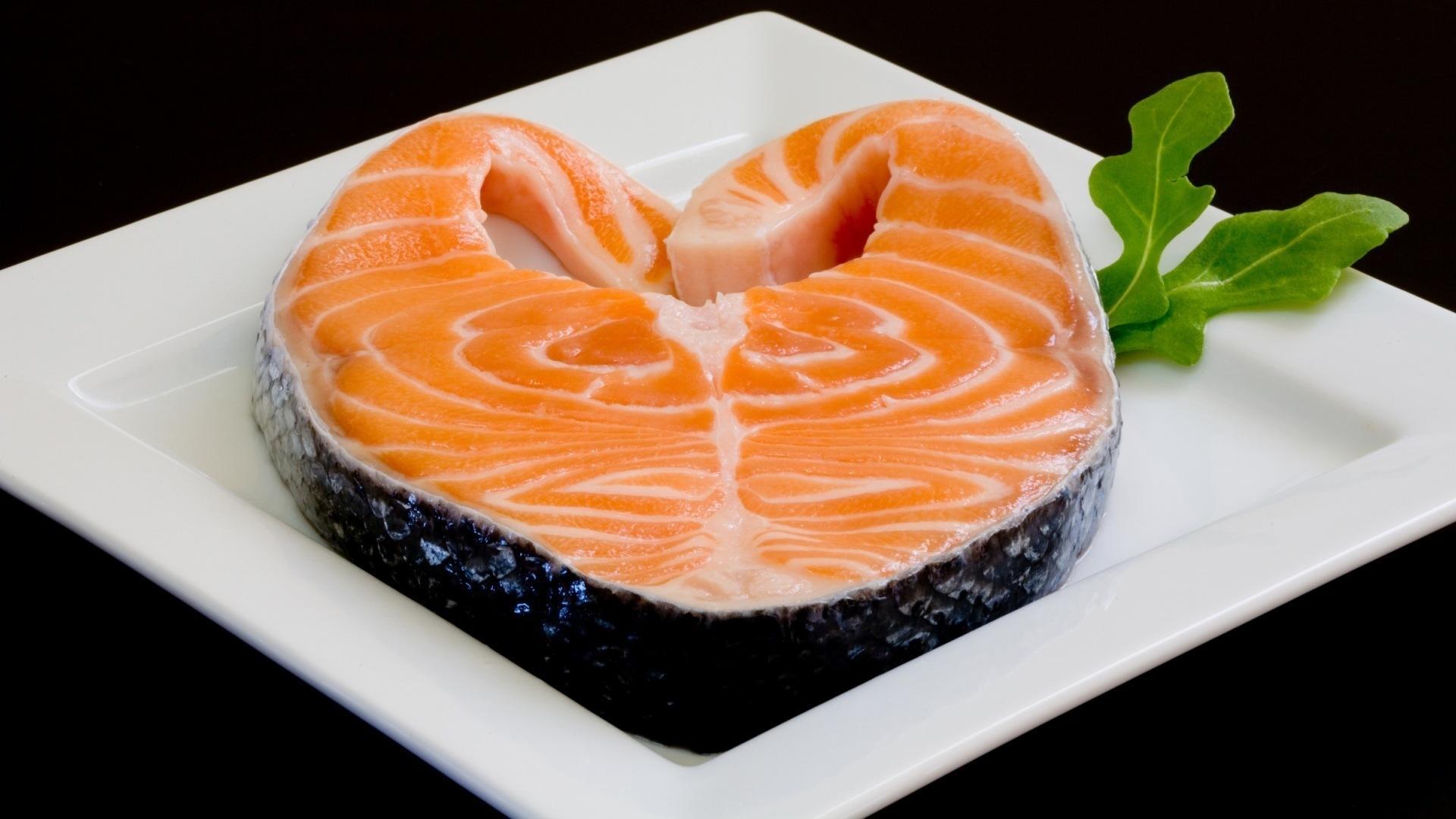 Жирная рыба беременным не противопоказана, -  ученые