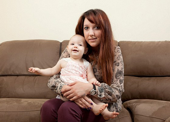Киндер-сюрприз: девушка даже не догадывалась об интересном положении, пока не родила в ванной