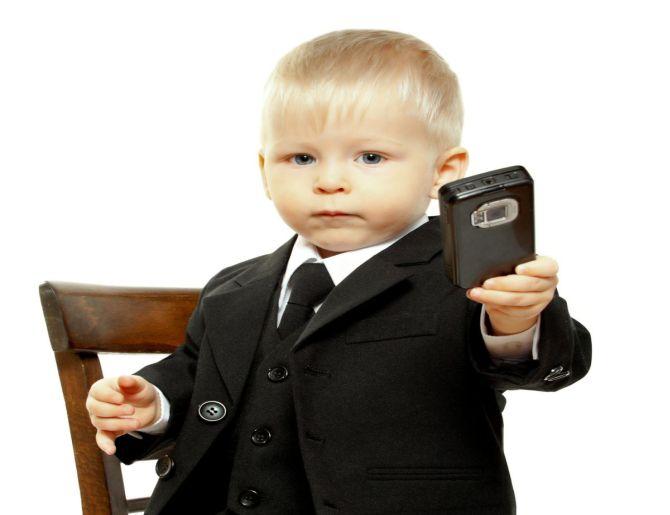 Мнение ученых: детям не нужны мобильные телефоны