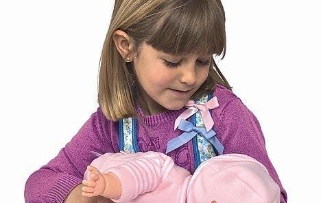 В Испании появилась кукла для грудного вскармливания