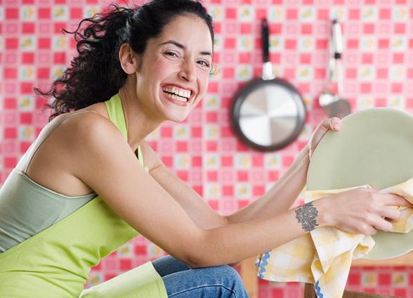 О косметике, стирке и мытье посуды беременным лучше забыть
