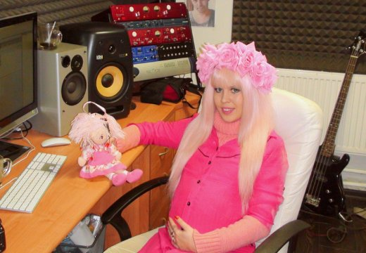 Карина Барби стала мамой