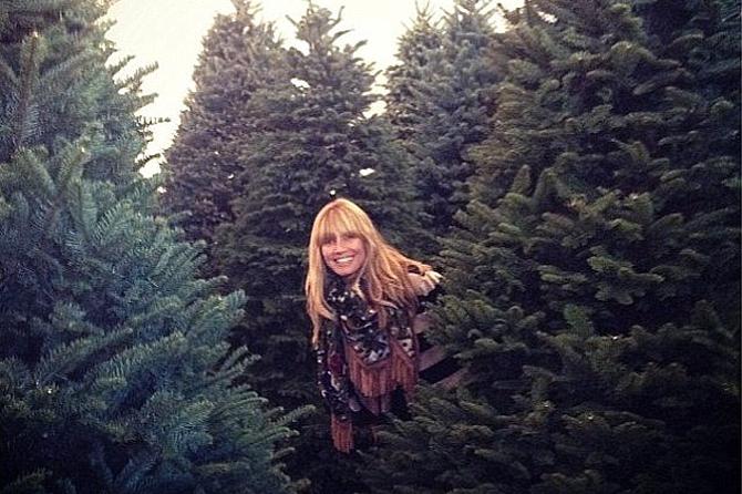 Хайди Клум купила для детей аж шесть елок!