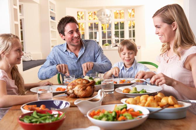 Едим с улыбкой: Ученые нашли способ приучить ребенка к здоровой пище