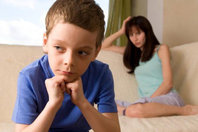 Не бей ребенка: Физические наказания ведут к тяжелым заболеваниям у детей