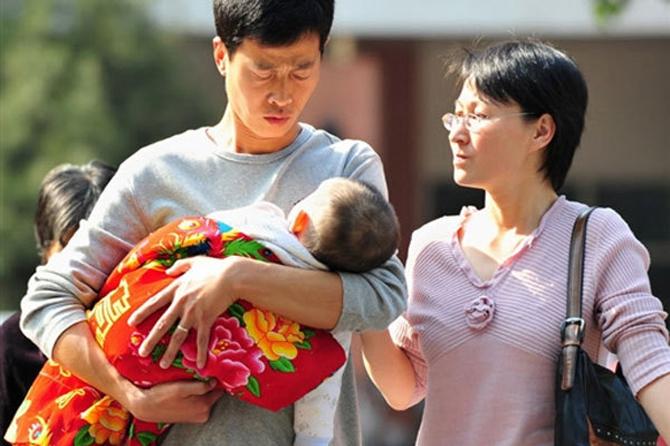 В Китае будут рожать уже по двое детей