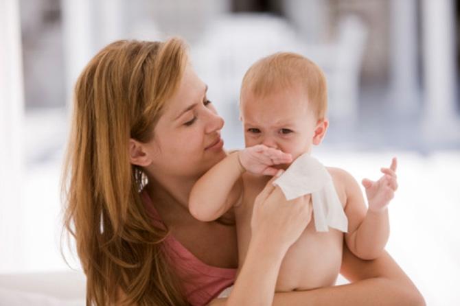 Влажные салфетки – причина дерматита у детей