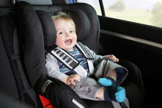 Что необходимо иметь при себе, если в машине малыш