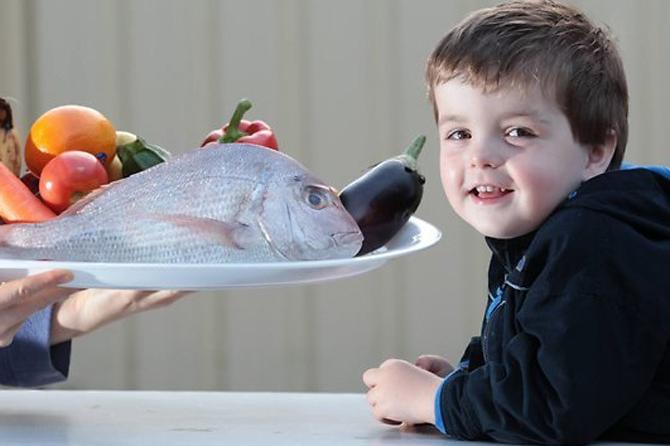 Ребенок научился заново жить благодаря рыбьему жиру