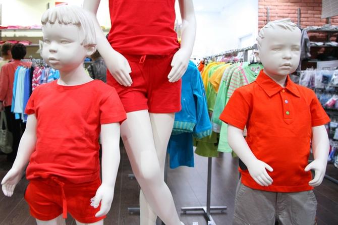 Детское ожирение: Вместе с детьми толстеют и манекены в магазинах