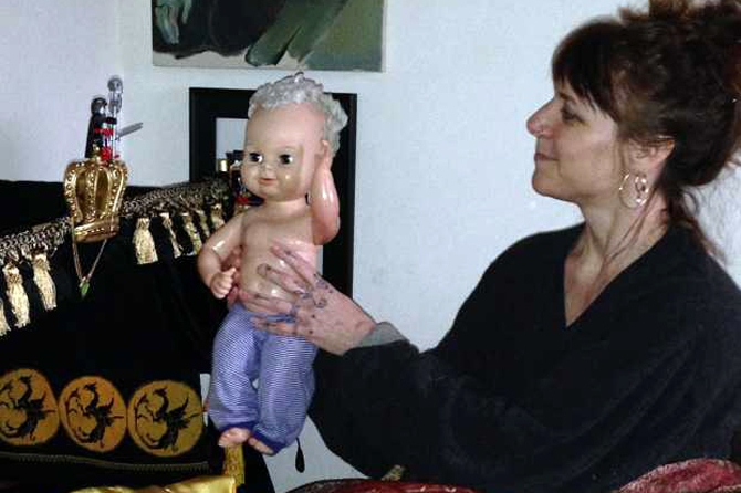 Игромания по-взрослому: Американка одержима пластмассовой игрушкой