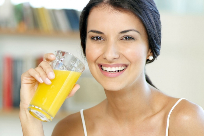 Кладезь витаминов: Польза соков для беременных женщин