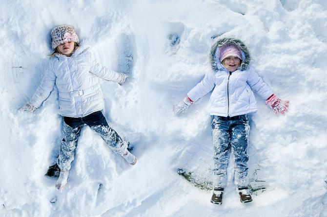 Делать ангелочков на снегу