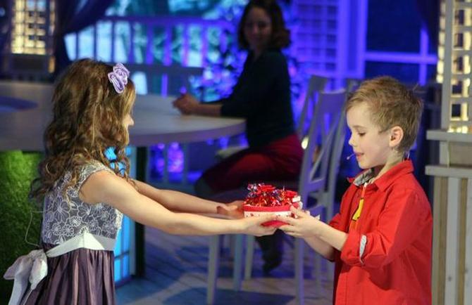 Звезды поженили своих детей в популярной программе