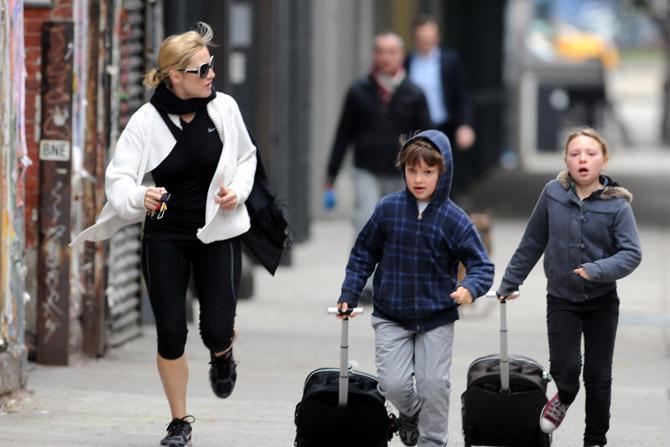 Кейт Уинслет поддержала работающих матерей