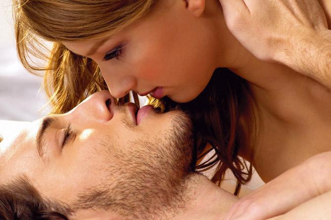 Занятия любовью предотвращают возникновение онкозаболеваний и болезней сердца