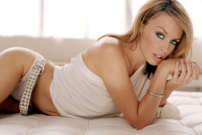 Певица Кайли Миноуг хочет стать мамой в 45 лет