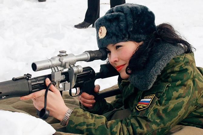Военнообязанная по ошибке: На Урале на воинский учет поставили девушку